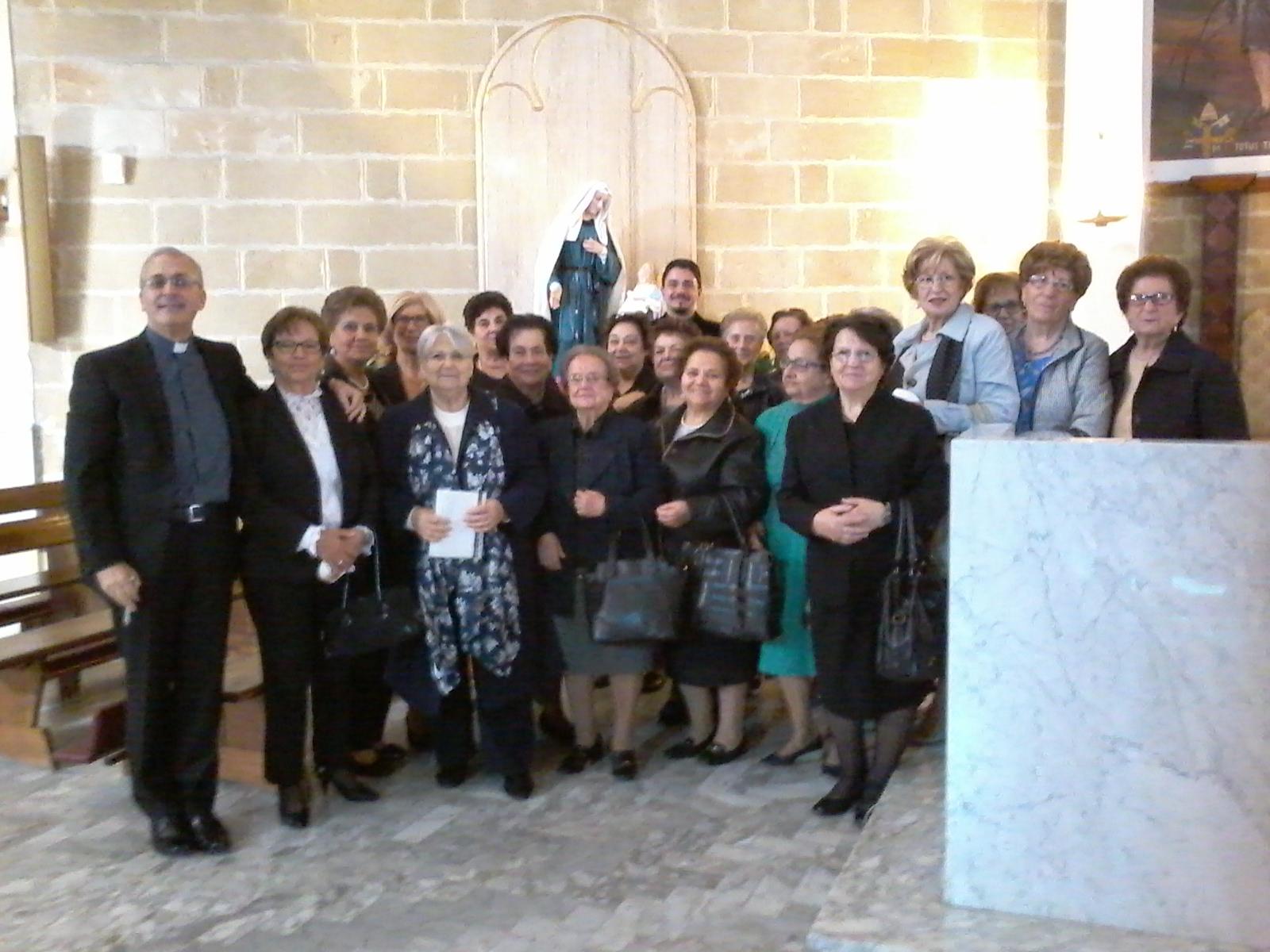 benedizione e presentazione alla comunita' di santa francescasperanza e vita